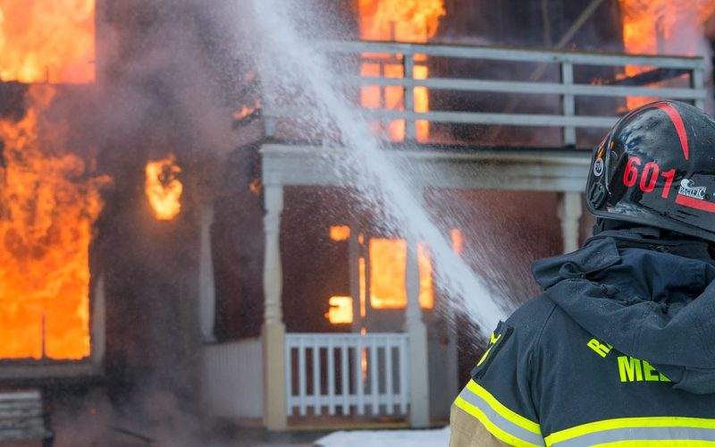 sprzęt zawodowy strażacki